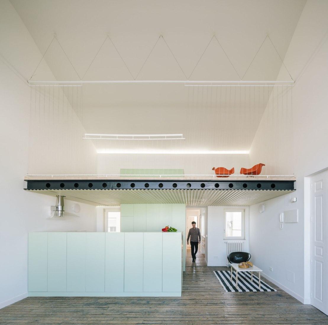 Double height. Penthouse H by Langarita & Navarro. Photograph by Miguel de Guzmán