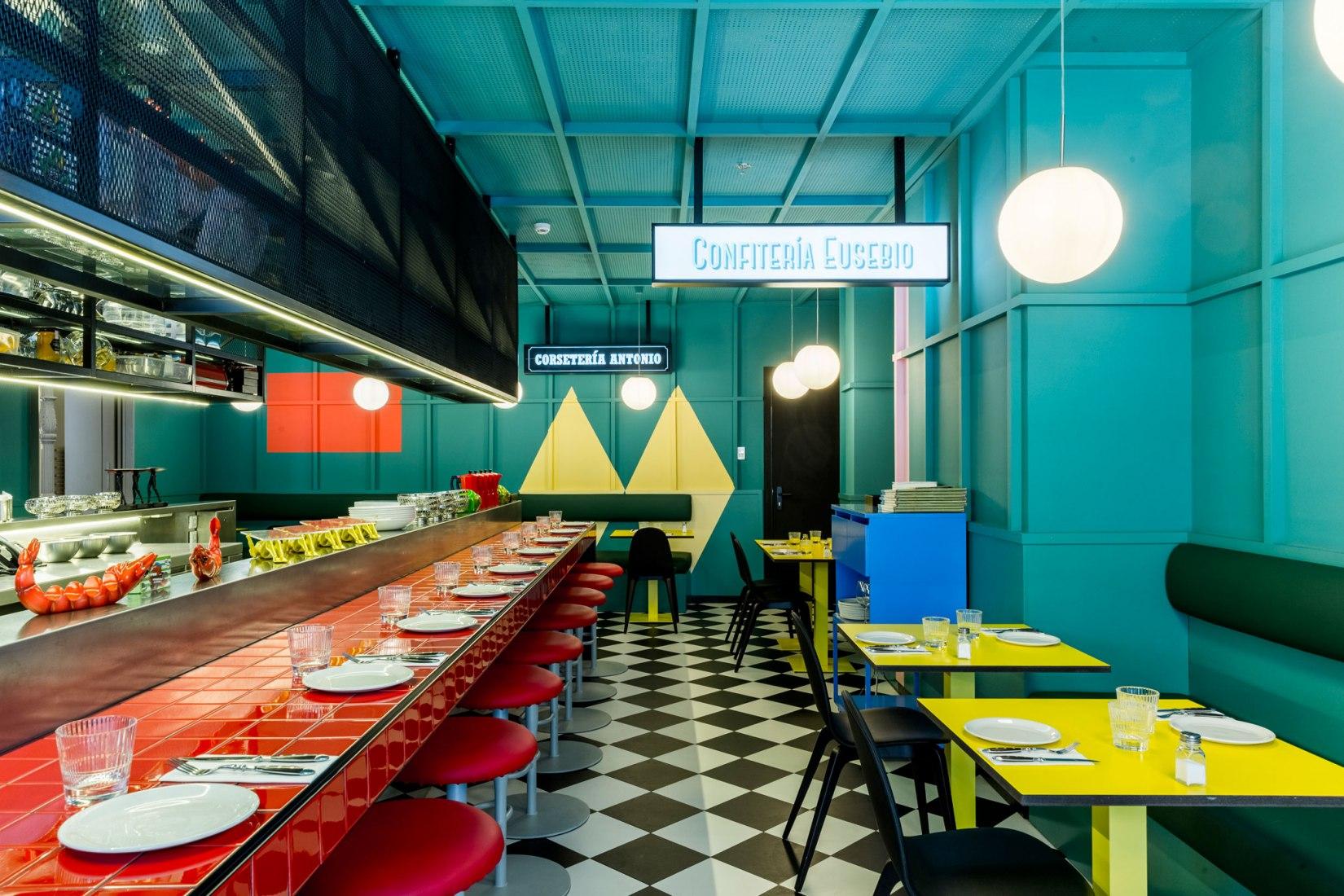 Las Chicas, Los Chicos y Los Maniquís Restaurante por El Equipo Creativo. Fotografía por Adrià Goula
