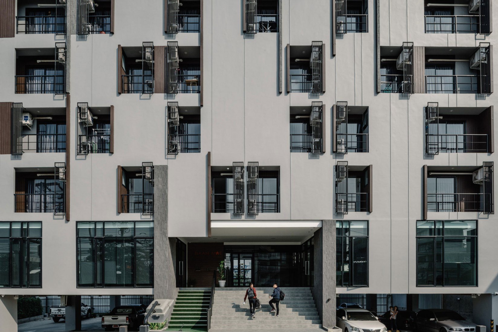 Apartamentos Latkrabang por Archimontage Design Fields Sophisticated. Fotografía por Chaovarith Poonphol Photography.