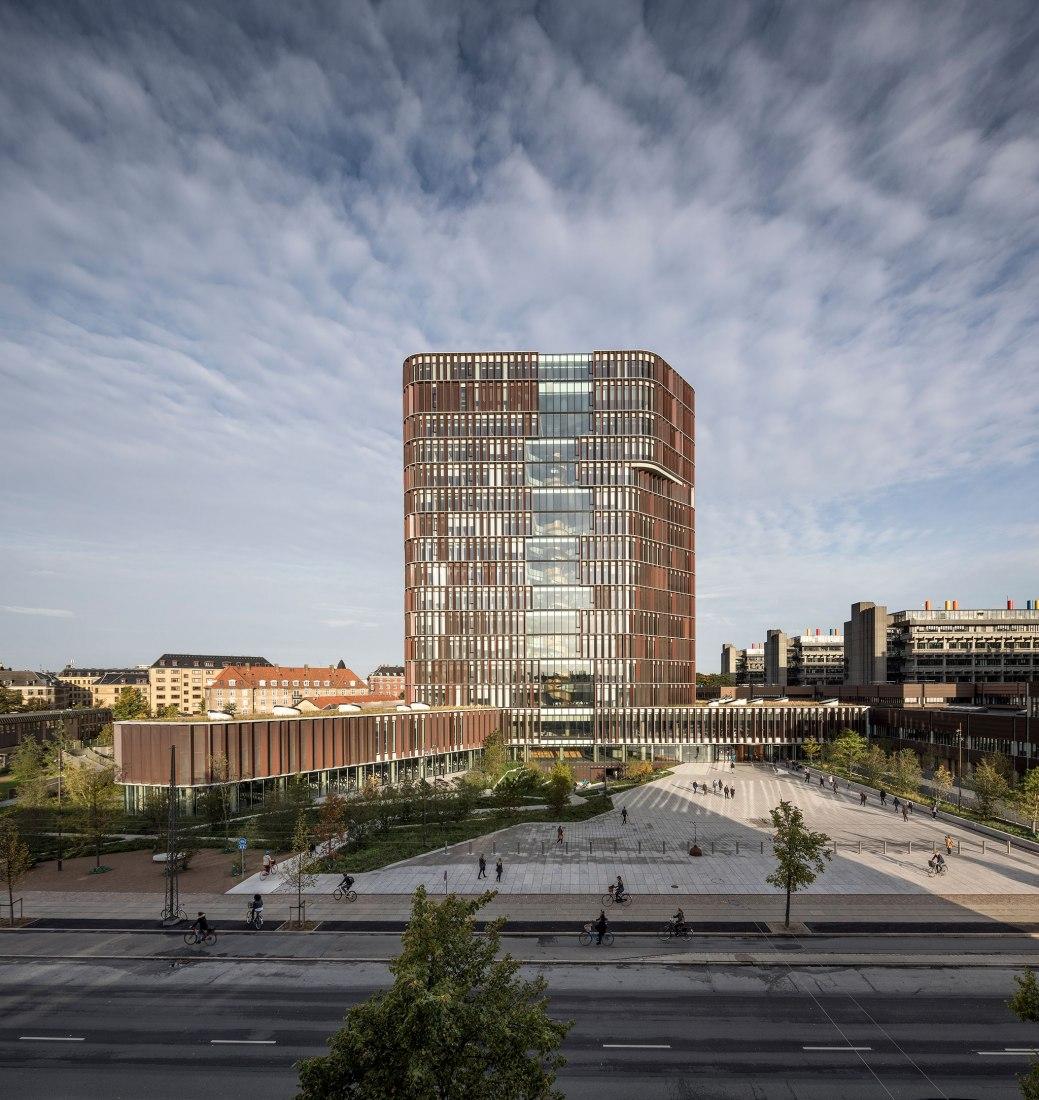 La Torre Maersk por C.F. Møller Architects. Fotografía © Adam Mørk