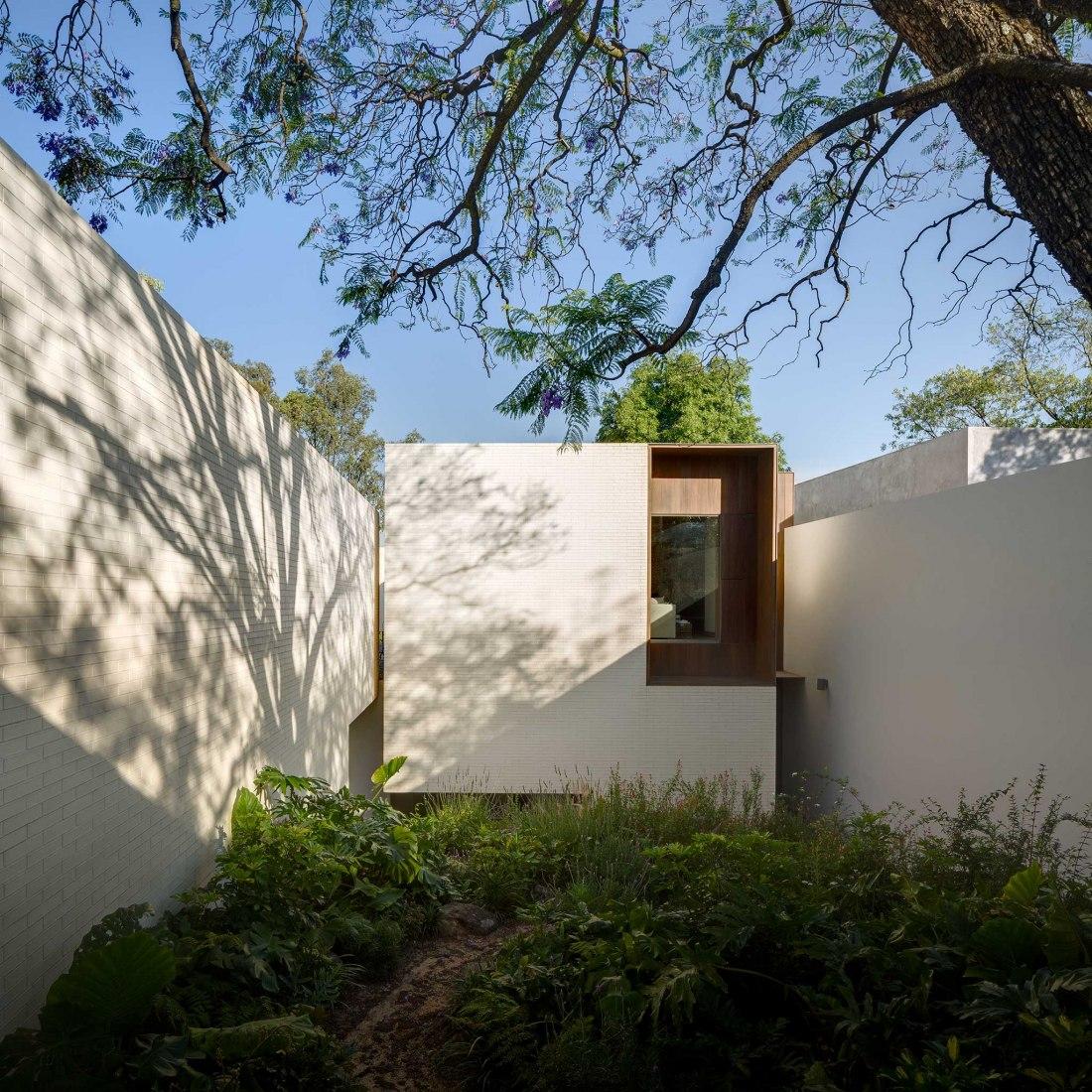 Vivienda en Amatepec por Manuel Cervantes Estudio. Fotografía por Rafael Gamo