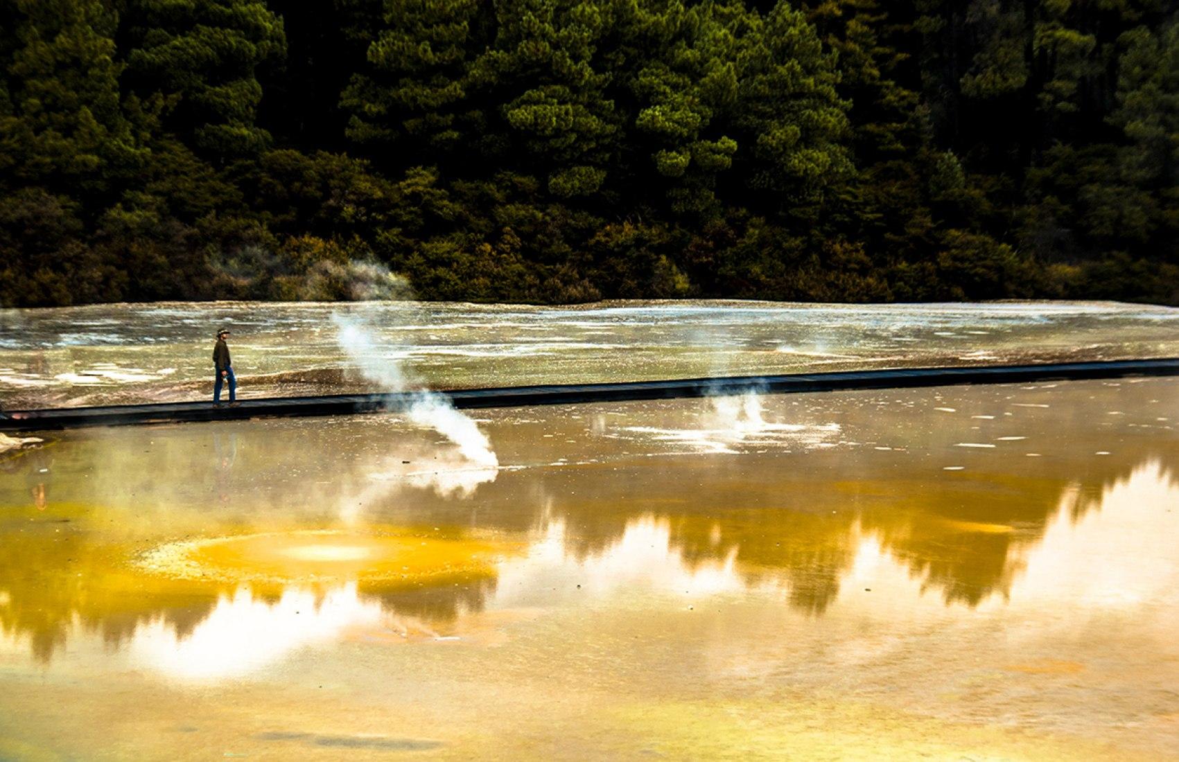 Wai O Tapu track. New Zealand. Photography © Marina Rodriguez.