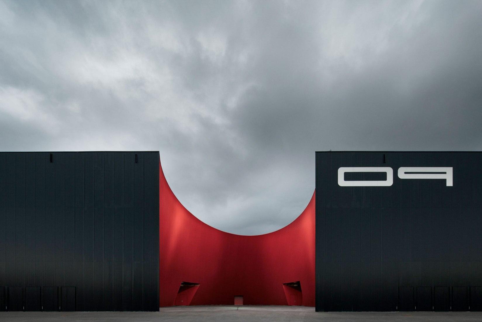 Centro de exposiciones Messe Dornbirn por Marte.Marte Architects. Fotografía © Zumtobel / Faruk Pinjo