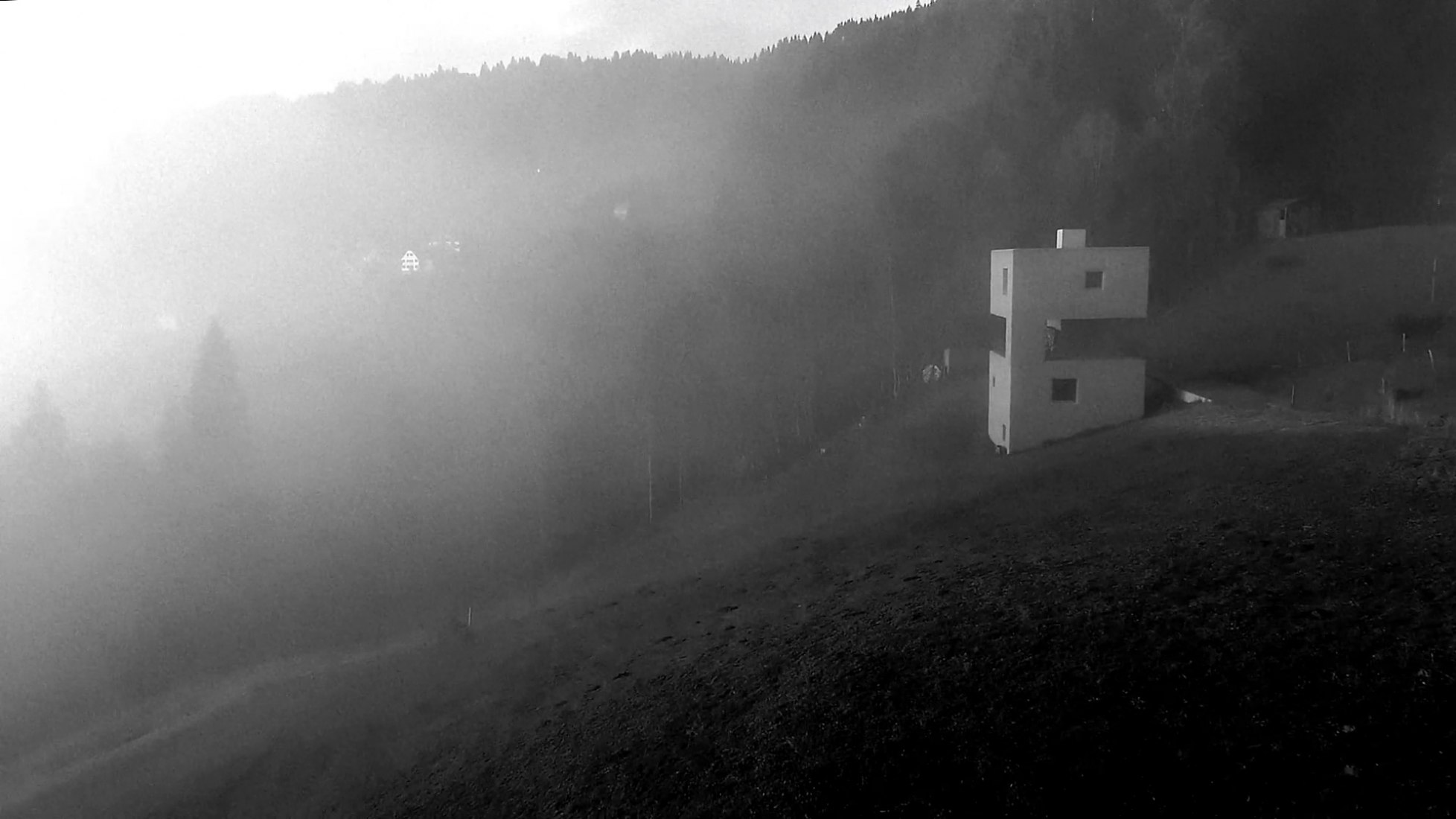 Appearing Sculptural | Mountain Cabin by Marte.Marte Architects. Video screen-shot.