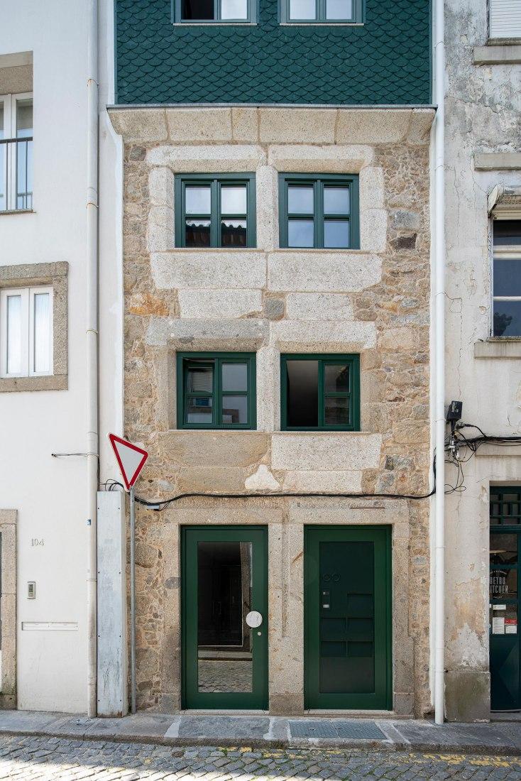 Rehabilitar reajustando la estructura de un antiguo edificio residencial por M-AO. Fotografía por NUDO