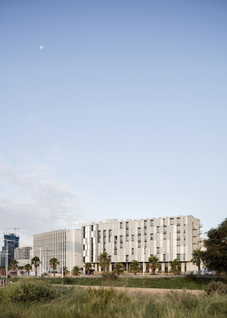 Besòs Student Residence by MDBA & POLO. Photograph by Aldo Amoretti