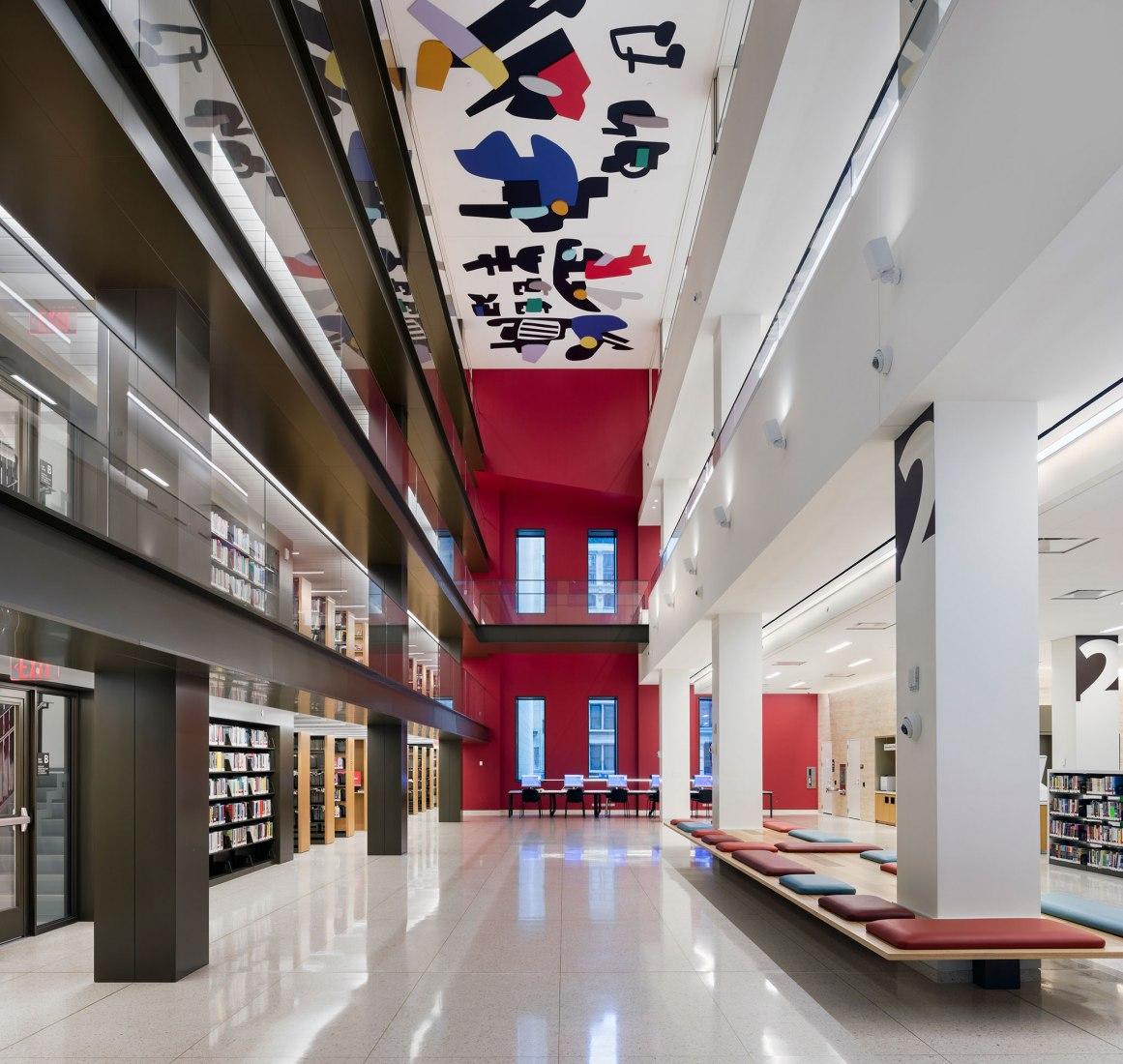 Biblioteca de la Fundación Stavros Niarchos por Mecanoo y Beyer Blinder Belle. Fotografía por John Bartelstone.