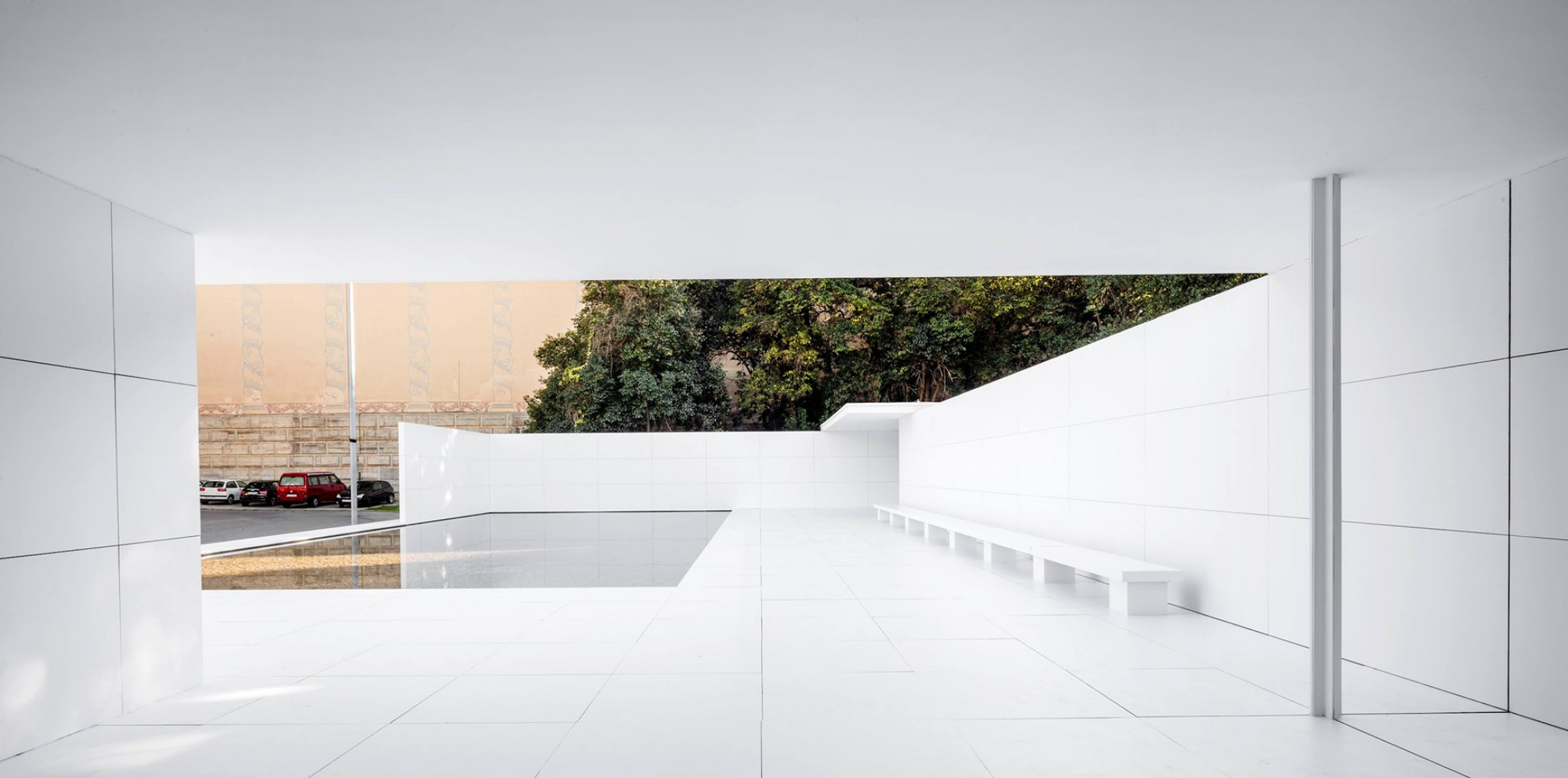 16.11.2017. El pabellón de Mies sin materia, por Anna & Eugeni Bach. Fotografía © Adrià Goula