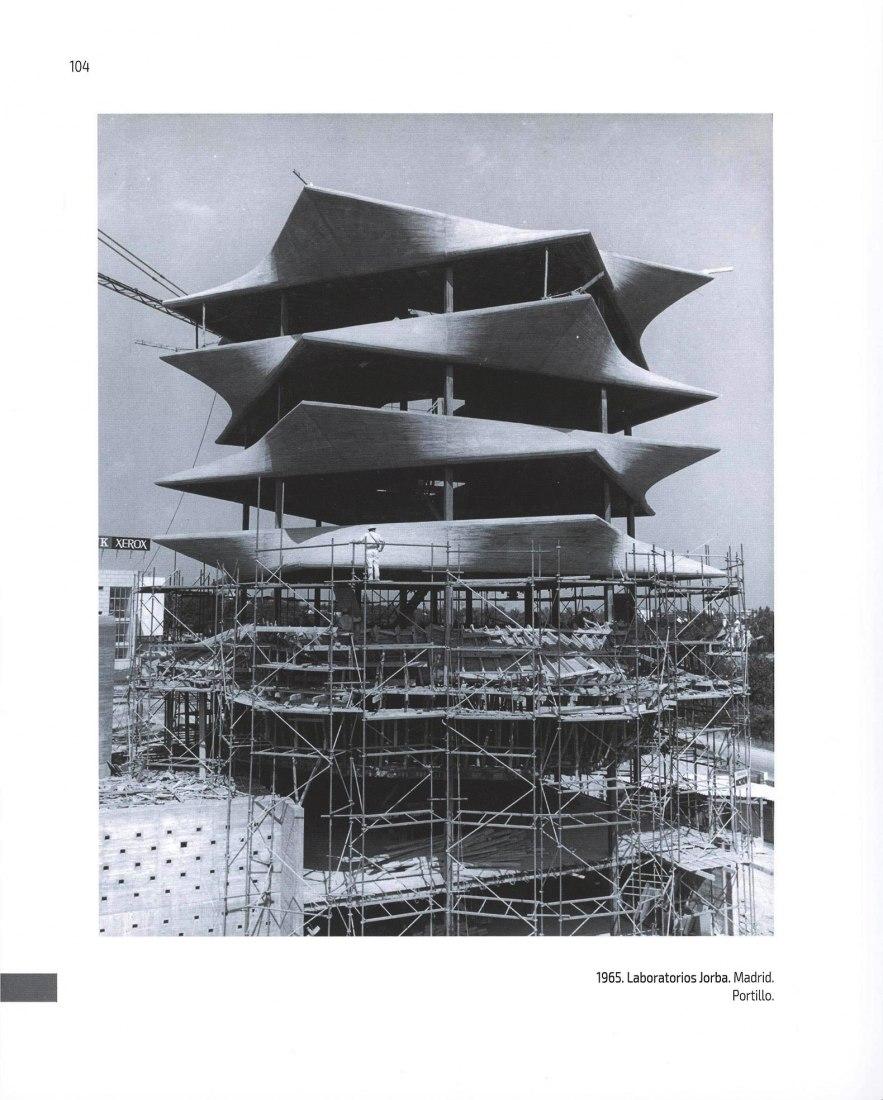 1965. Laboratorios Jorba. Madrid. Fotografía por Protillo. Páginas interiores.