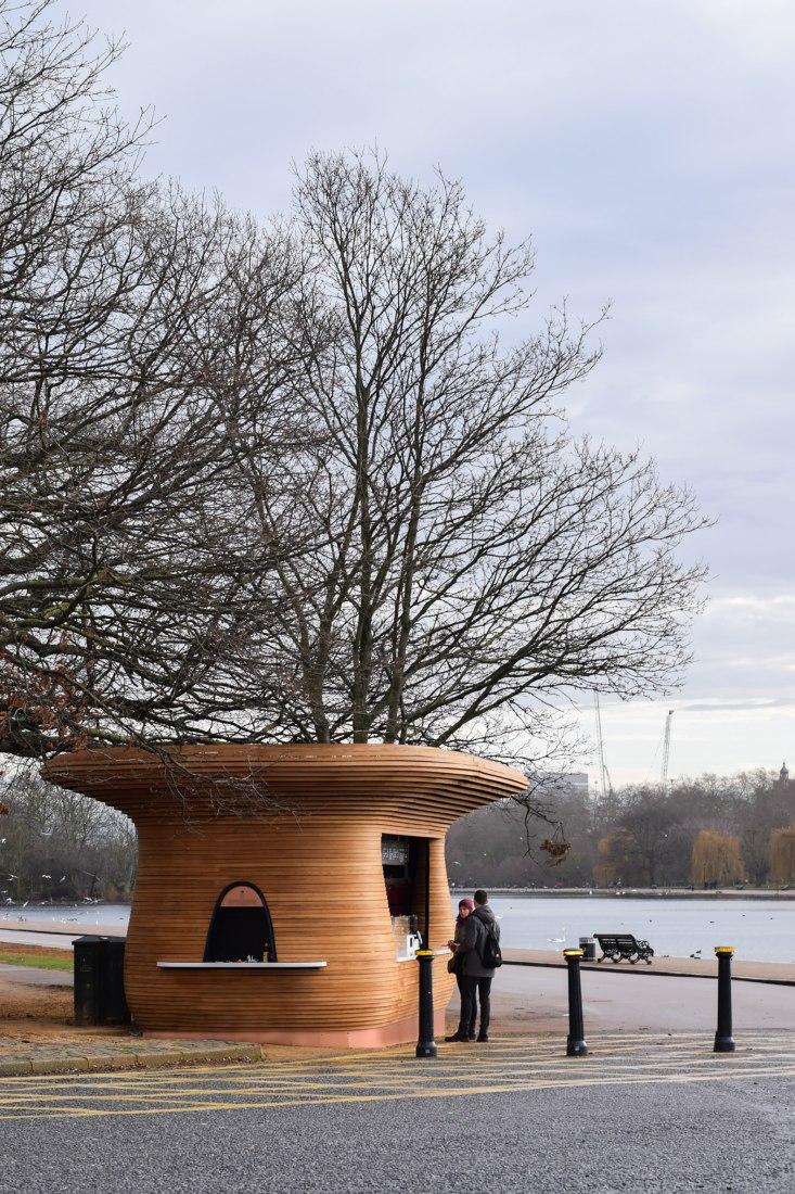 La experiencia de comprar café. Royal Parks Fleet por Mizzi Studio