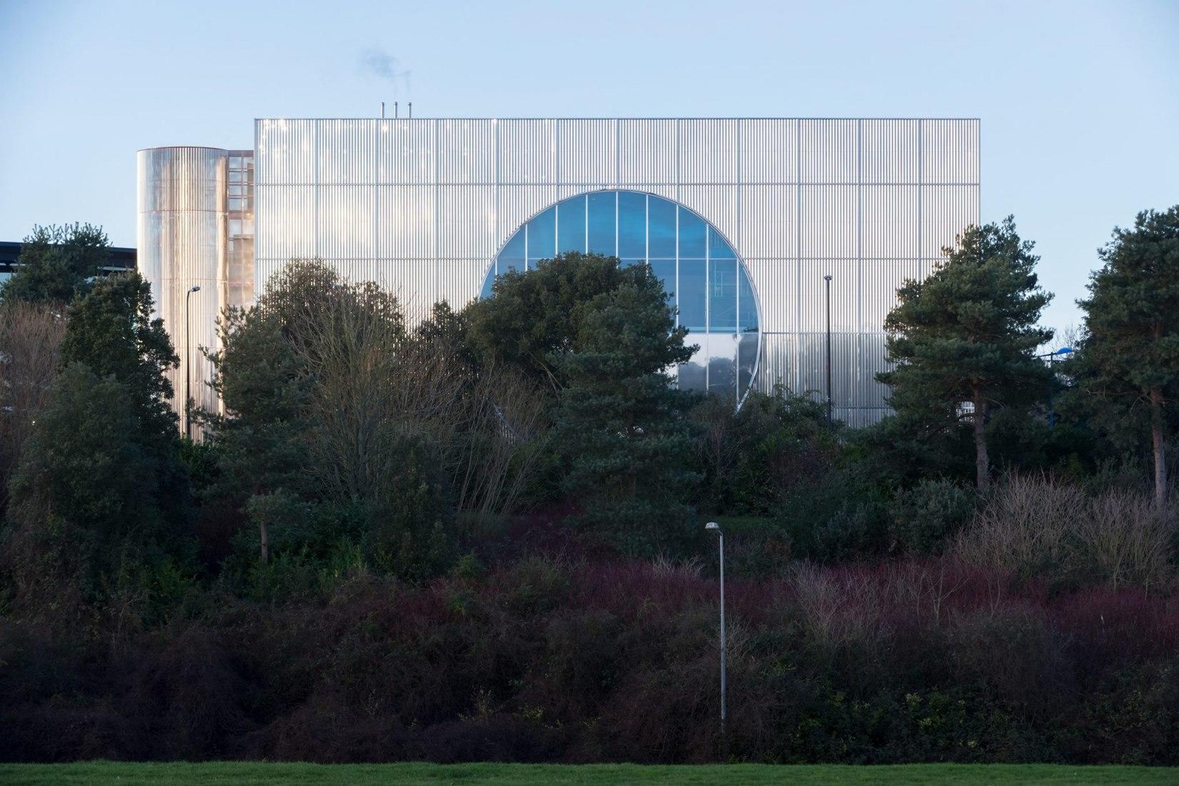 MK Gallery por 6a architects. Fotografía por Johan Dehlin.