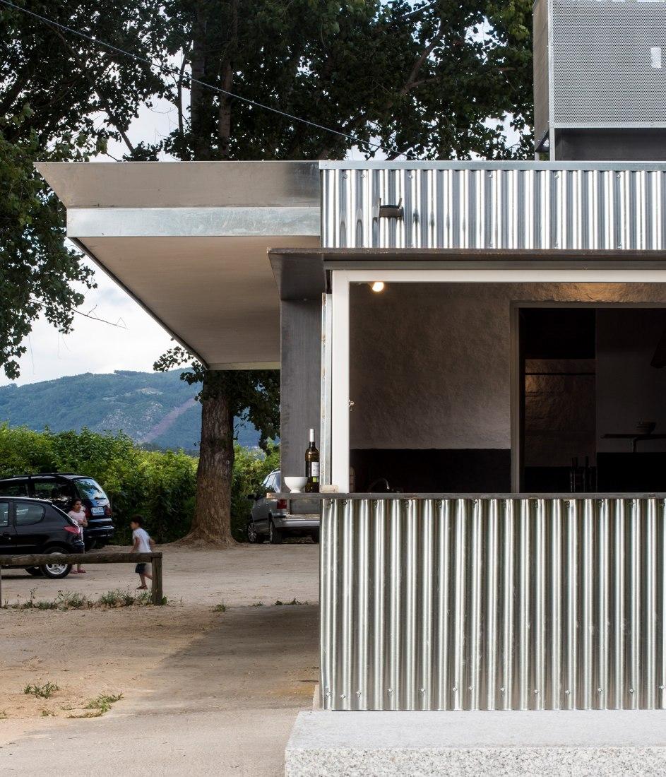 Casa de la Anguila de Barral por MOL Arquitectura. Fotografía por Héctor Santos-Díez