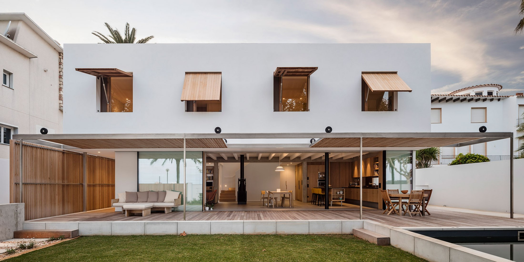 Casa MB by Gabriel Montañés. Photograph by Adrià Goula