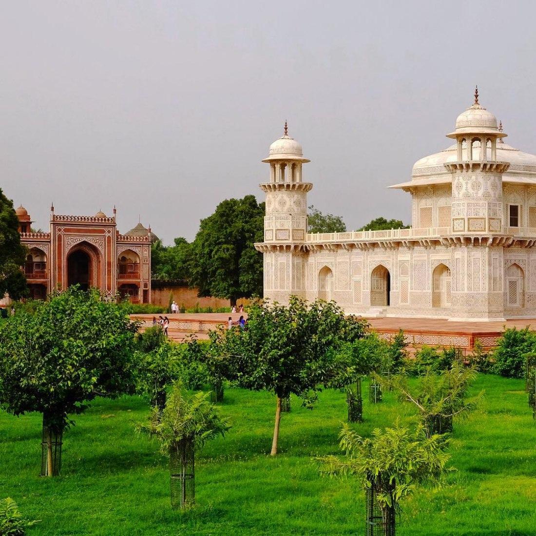 El recién restaurado Jardín de la Tumba de I'timad-ud-Daulah Cortesía de World Monuments Fund