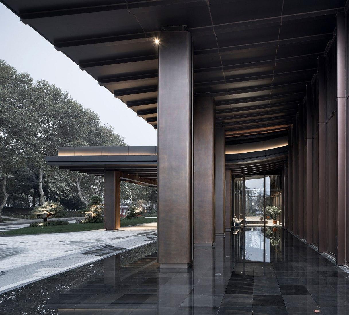 Salón multiusos para el Hotel Shaoxing por UAD. Fotografía por Zhao Qiang