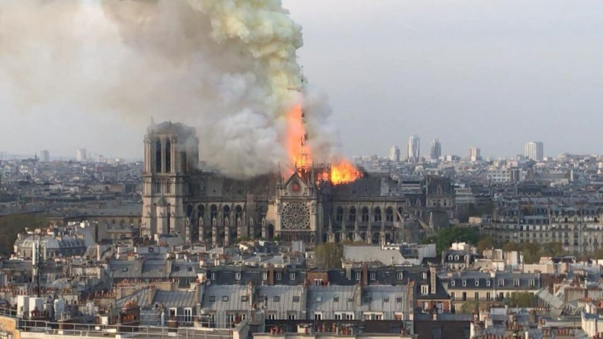 The Dantesque images of the Cathedral of Notre Dame de Paris, an incalculable loss for Europe.