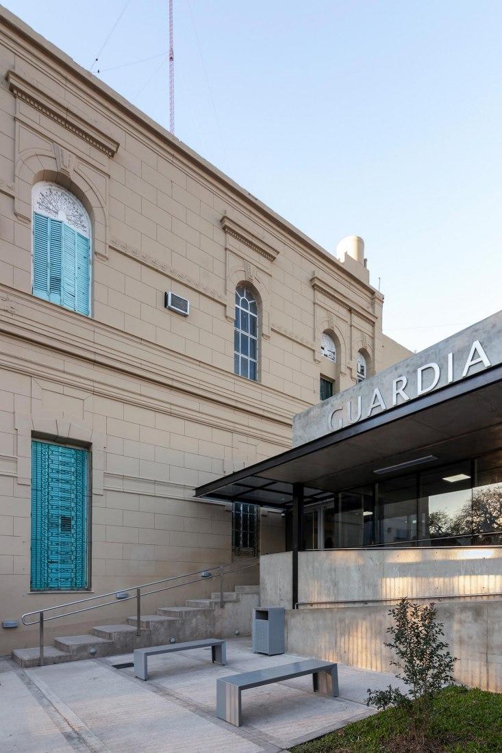 Extension and renovation of Hospital Nueva Guardia in Santa Fe. Photograph by Ramiro Sosa