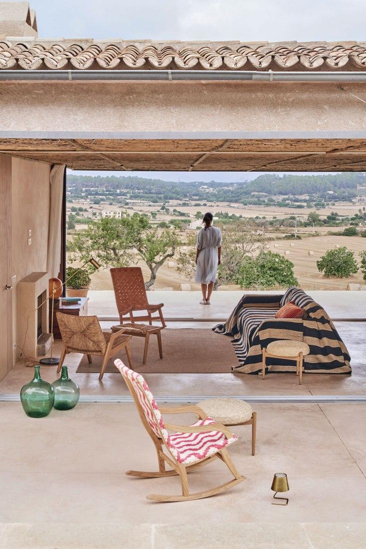 Casa Palerm by OHLAB. Photograph by José Hevia