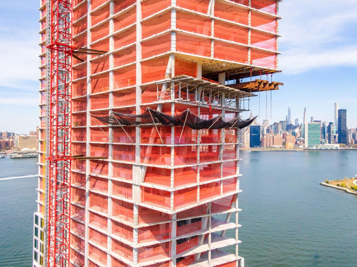Elevated Angles LLC, cortesía de Highbury Concrete