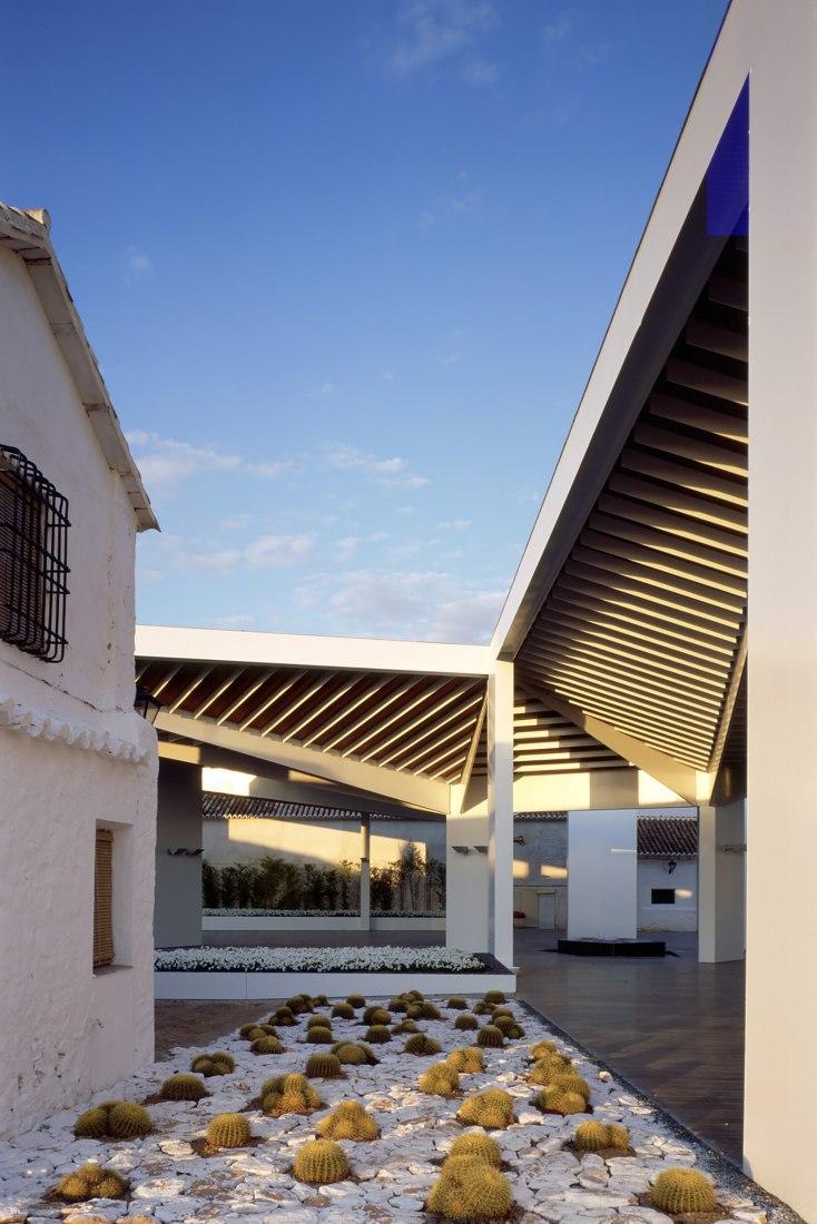Bodegas Real, por ParedesPedrosa arquitectos. Fotografía © Luis Asín
