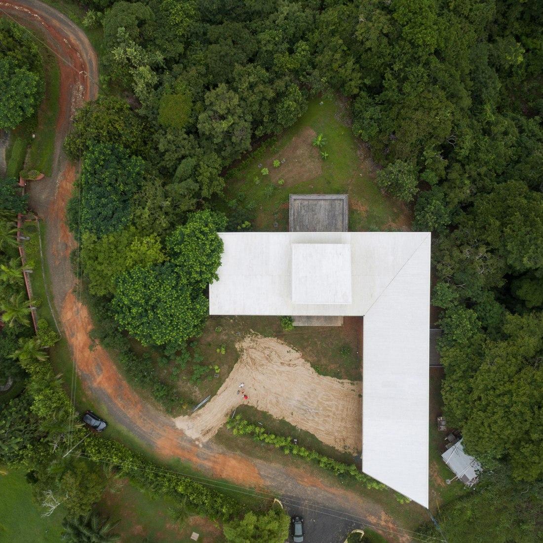 Vista aérea. Casa para una violinista por Patrick Dillon. Fotografía © Fernando Alda