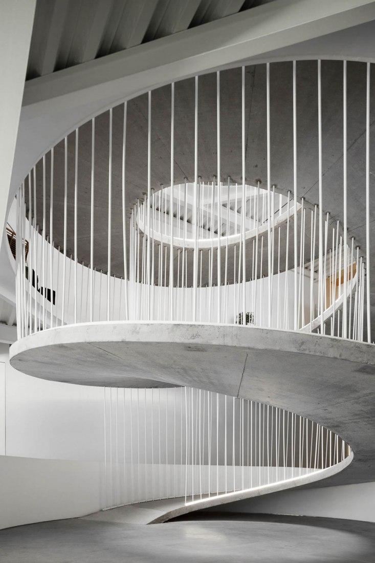 Egoi+Clavel's Kitchen por Paulo Merlini Architects. Fotografía por Ivo Tavares Studio