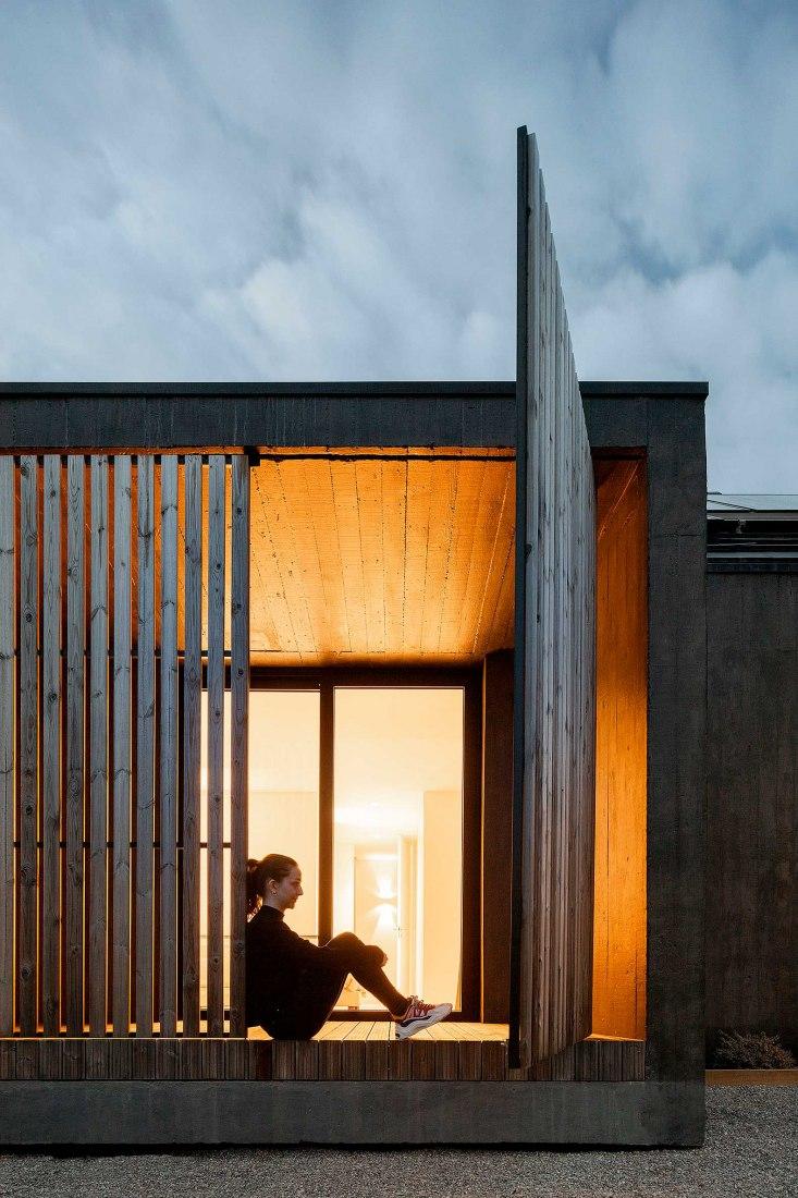Casa CG por Pedro Henrique Arquiteto. Fotografía por Ivo Tavares Studio