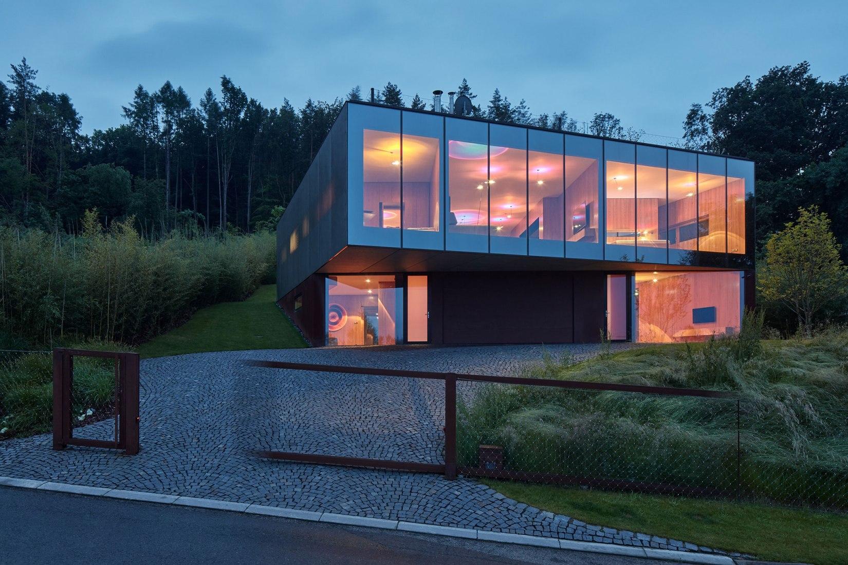 Lazy House by petrjanda/brainwork. Photograph by BoysPlayNice