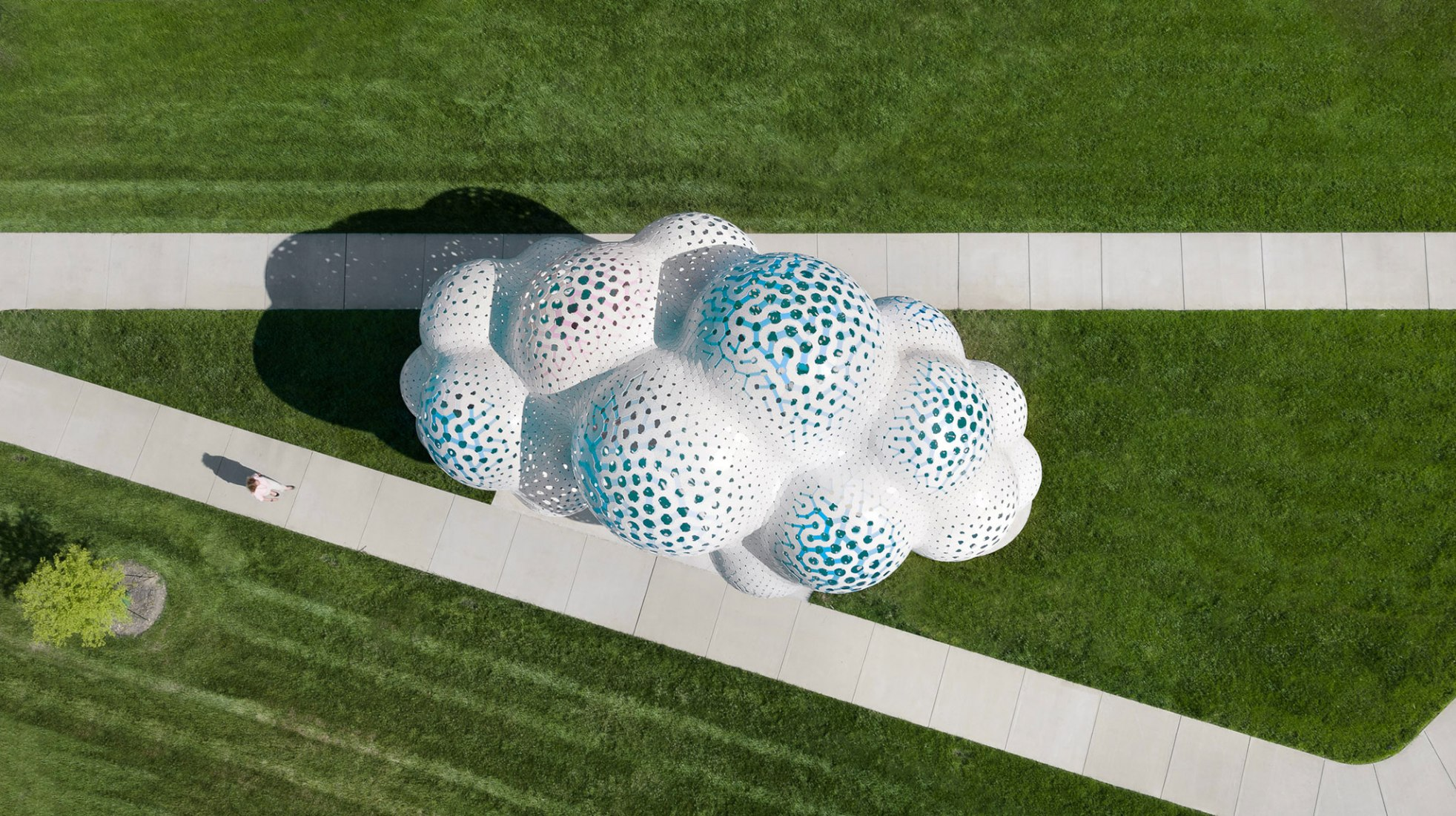 Pillars of Dreams by Marc Fornes / Theverymany. Photograph by NAARO.