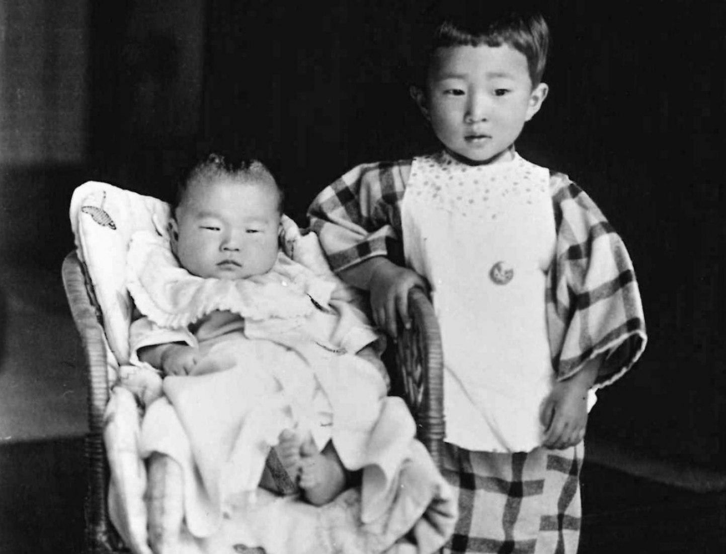 Isozaki (right) 4 years. Photograph courtesy of Pritzker