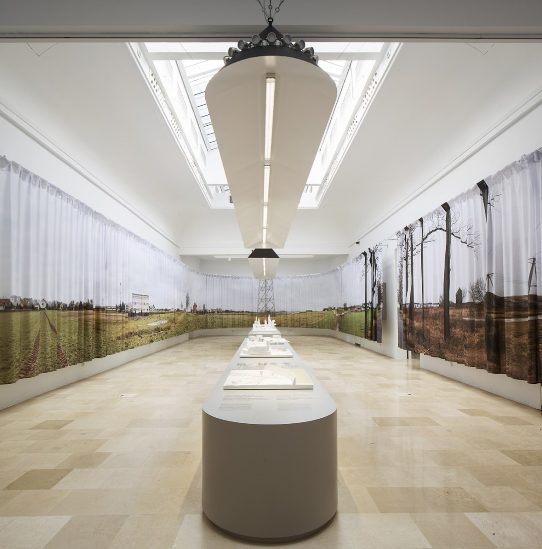 Trouble in Paradise. Pavilion of Poland at the Biennale di Venezia by PROLOG + 1. Photograph by Francesco Galli.