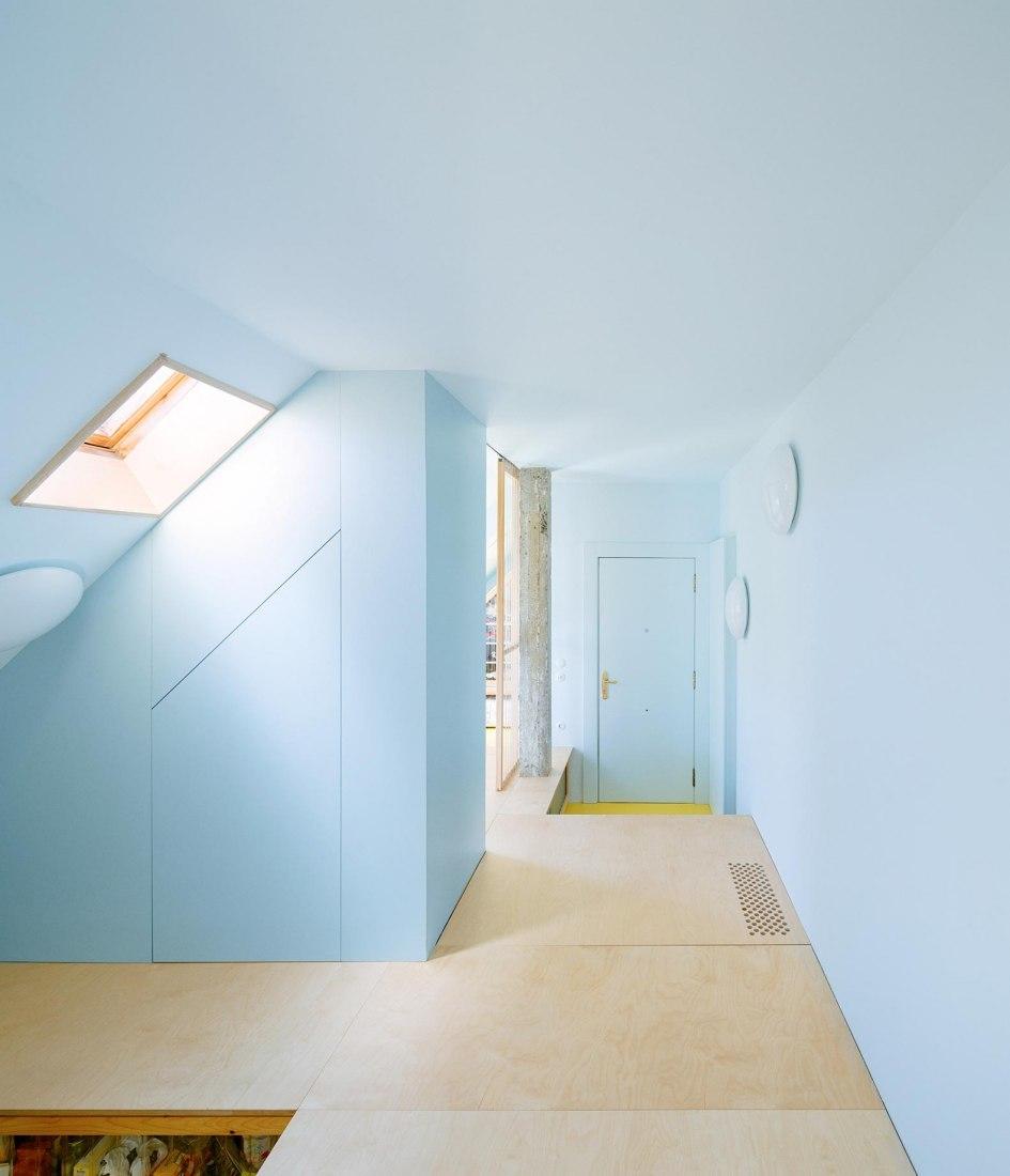 Rehabilitación de apartamento por AZAB. Fotografía por Luis Díaz Díaz