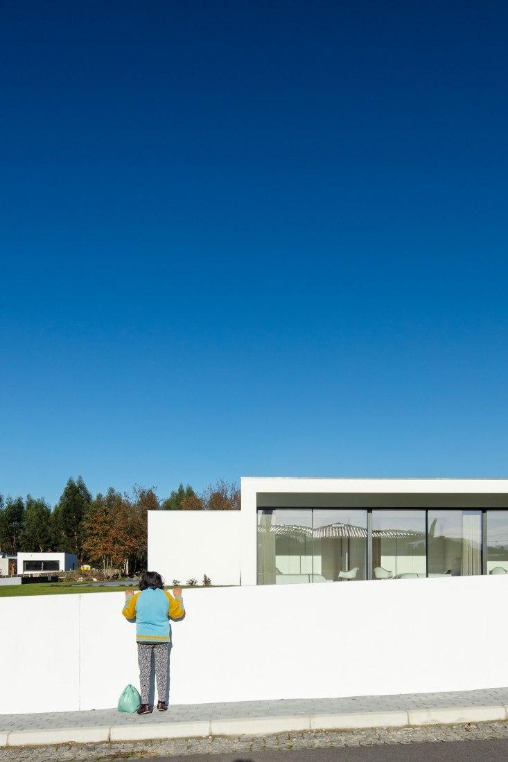 Galegos House by Raulino Silva. Photograph by João Morgado