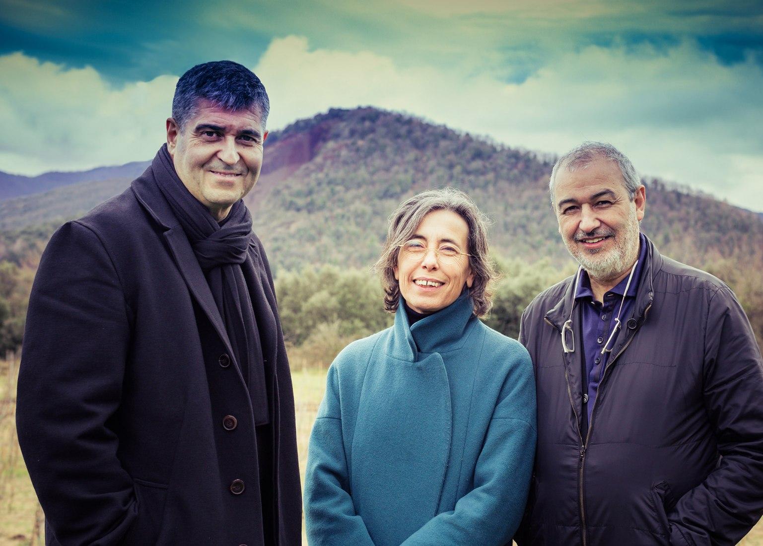 Rafael Aranda, Carme Pigem y Ramon Vilalta, Ganadores del Premio Pritzker de Arquitectura 2017. Imagen © Javier Lorenzo Domínguez. Cortesía del Premio Pritzker de Arquitectura.