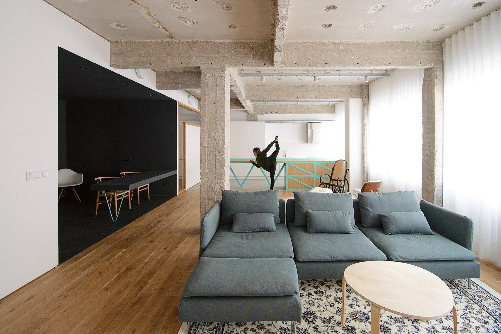 Reforma interior. De oficinas a vivienda por Garmendia Cordero Arquitectos. Fotografía © Carlos Garmendia Fernández
