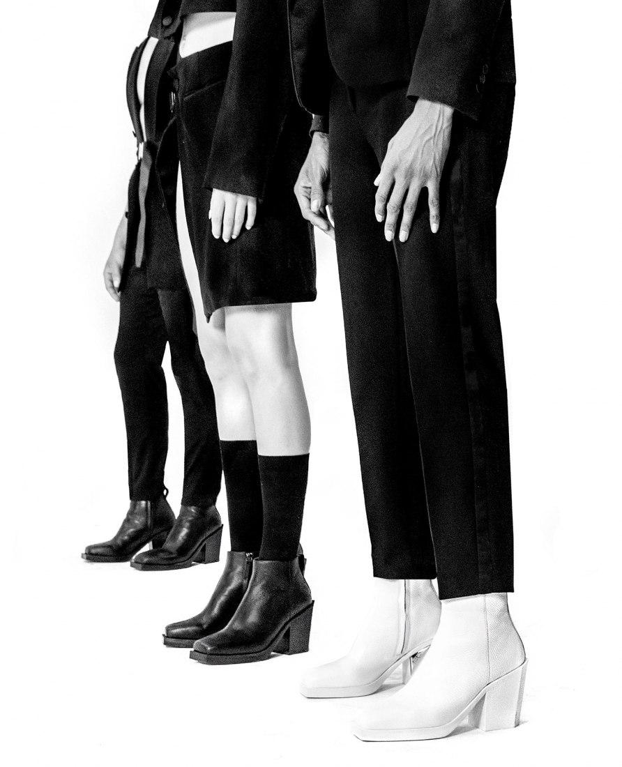 Shaun Ross y United Nude, fabrican botas unisex de tacón alto. Imagen cortesía de United Nude