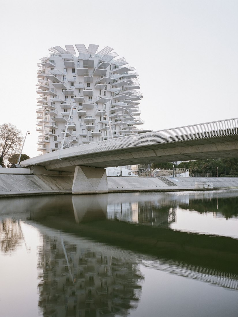 L'Arbre Blanc torre de vivienda por Sou Fujimoto + Nicolas Laisné + OXO architects + Dimitri Roussel. Fotografía por Cyrille Weiner