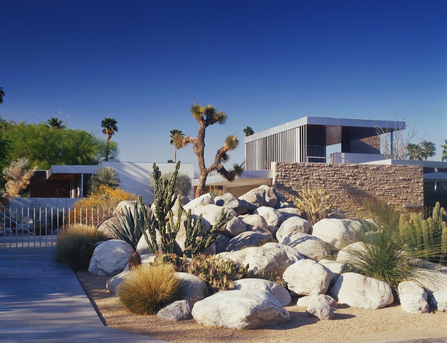 Casa Kaufmann del desierto por Richard Neutra. Fotografía por Daniel Solomon, cortesía de Vista Sotheby's International Realty