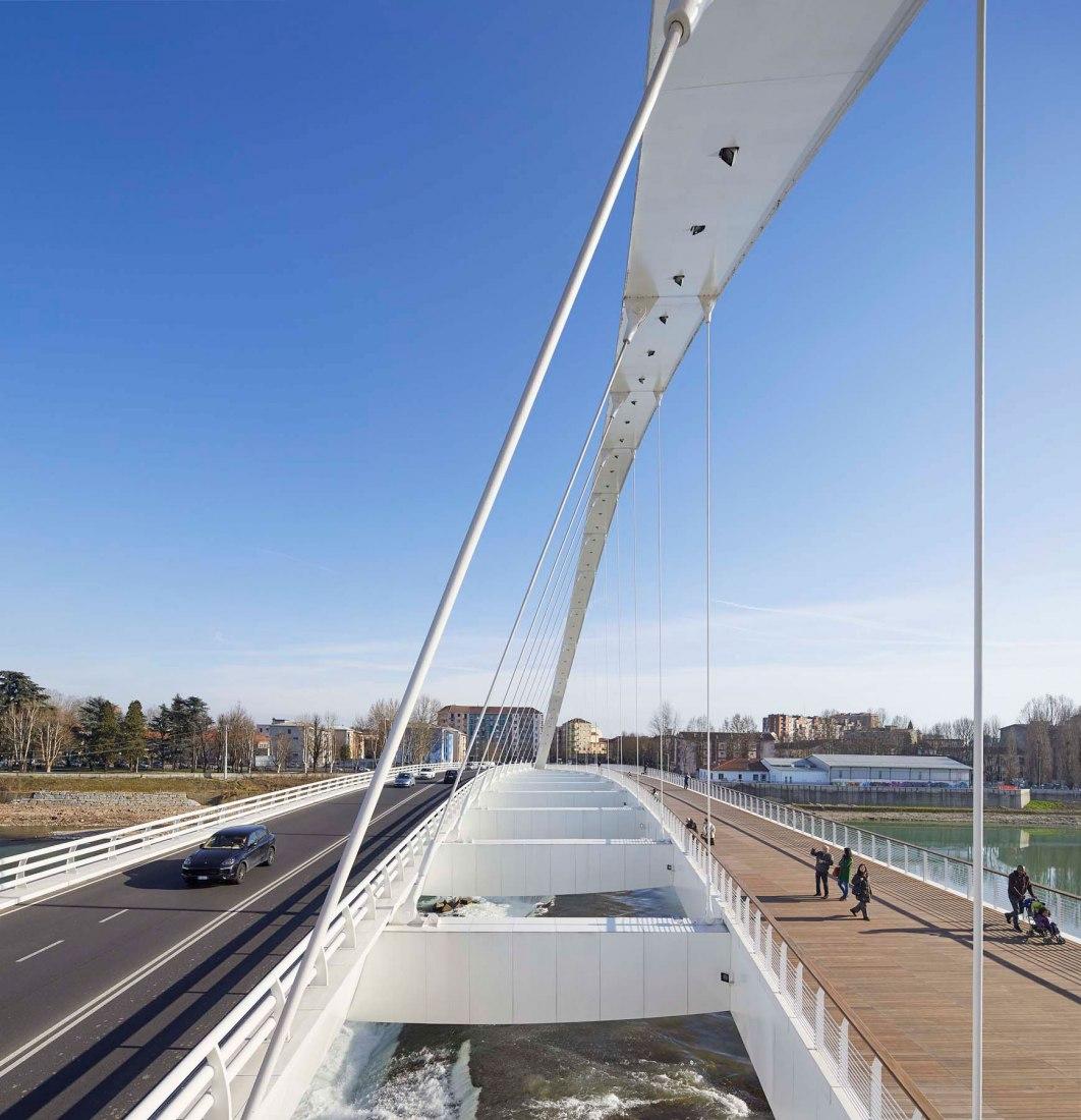 Puente Cittadella por Richard Meier & Partners. Fotografía © Hufton+Crow