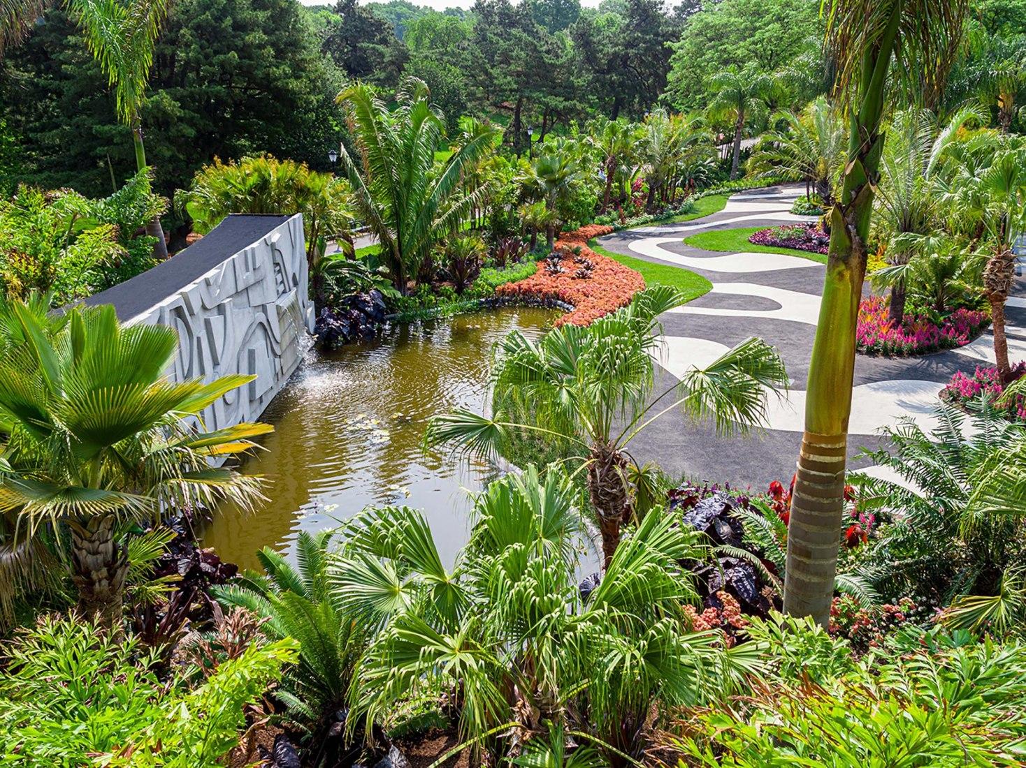 Una vista aérea del Jardín Moderno en el Jardín Botánico de Nueva York, un homenaje a Roberto Burle Marx. Imagen cortesía del Jardín Botánico de Nueva York