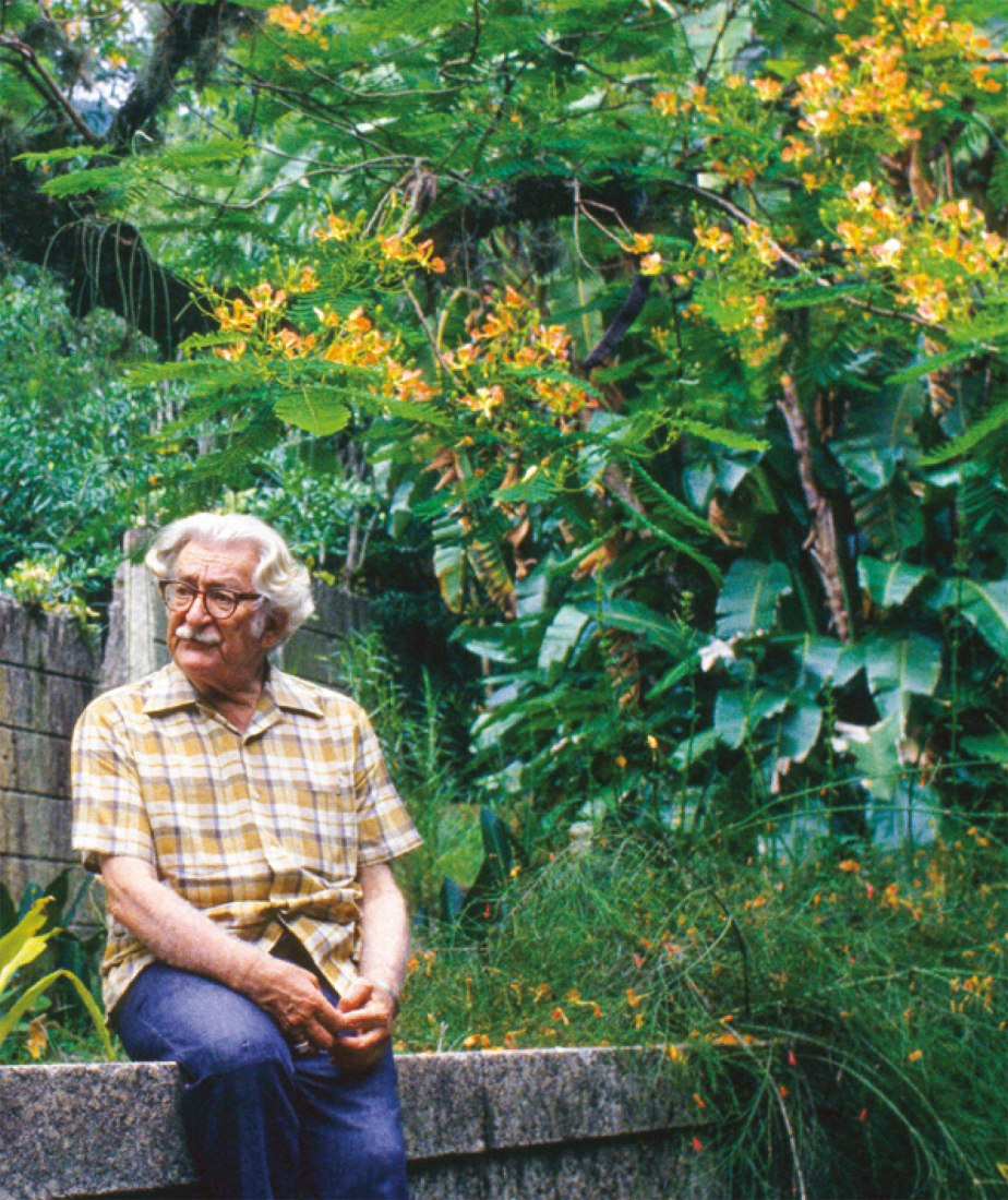 Book Sítio Roberto Burle Marx by National Institute of Historic and Artistic Heritage (Iphan). Photograph courtesy of Sítio Roberto Burle Marx/Iphan.