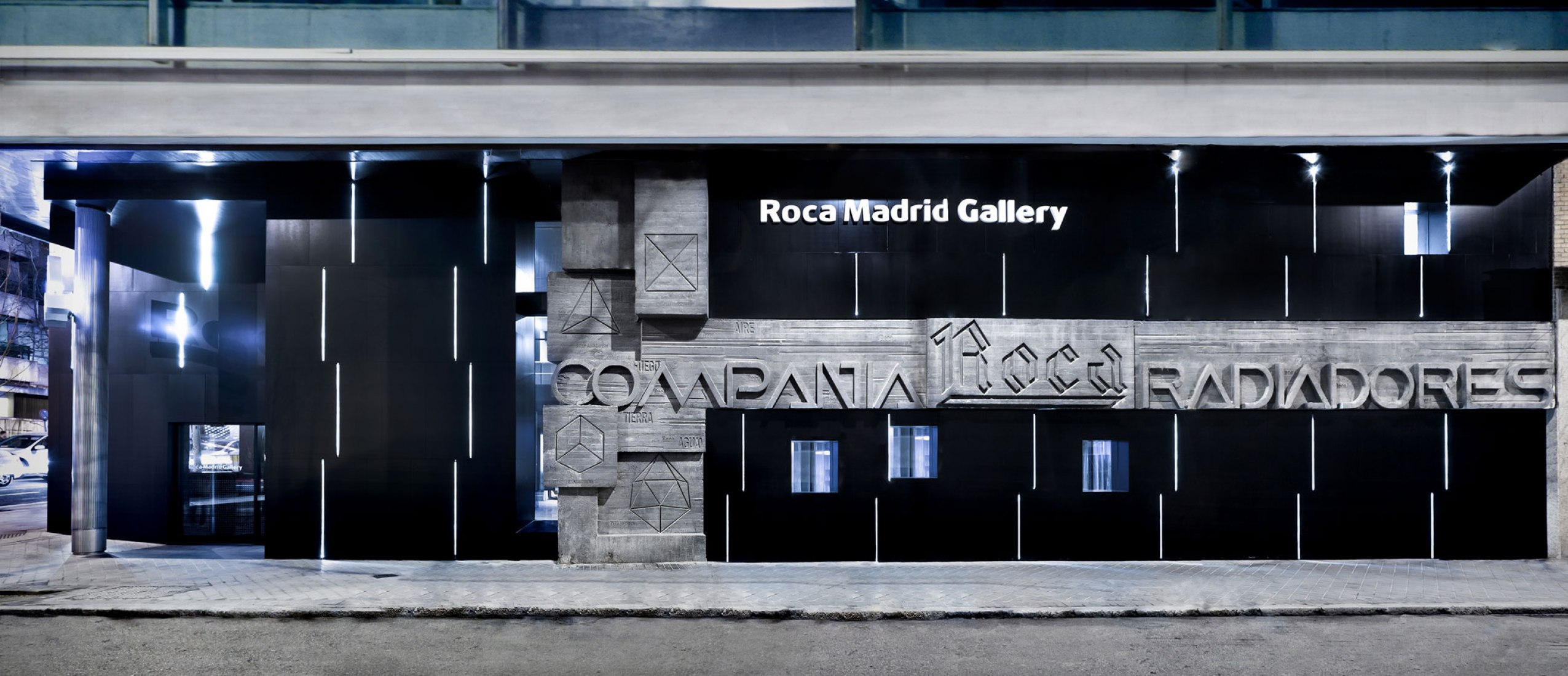 Showroom Roca Madrid Gallery by Estudio Lamela. Photograph by Jose Parreño.