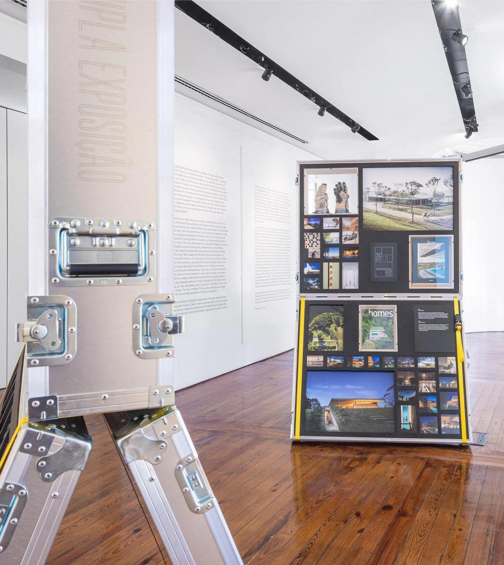 Dupla exposição: a fotografia e o fotógrafo. Fernando Guerra exhibits 20 years of work and life on flight cases. Image courtesy Diogo Aguiar Studio.