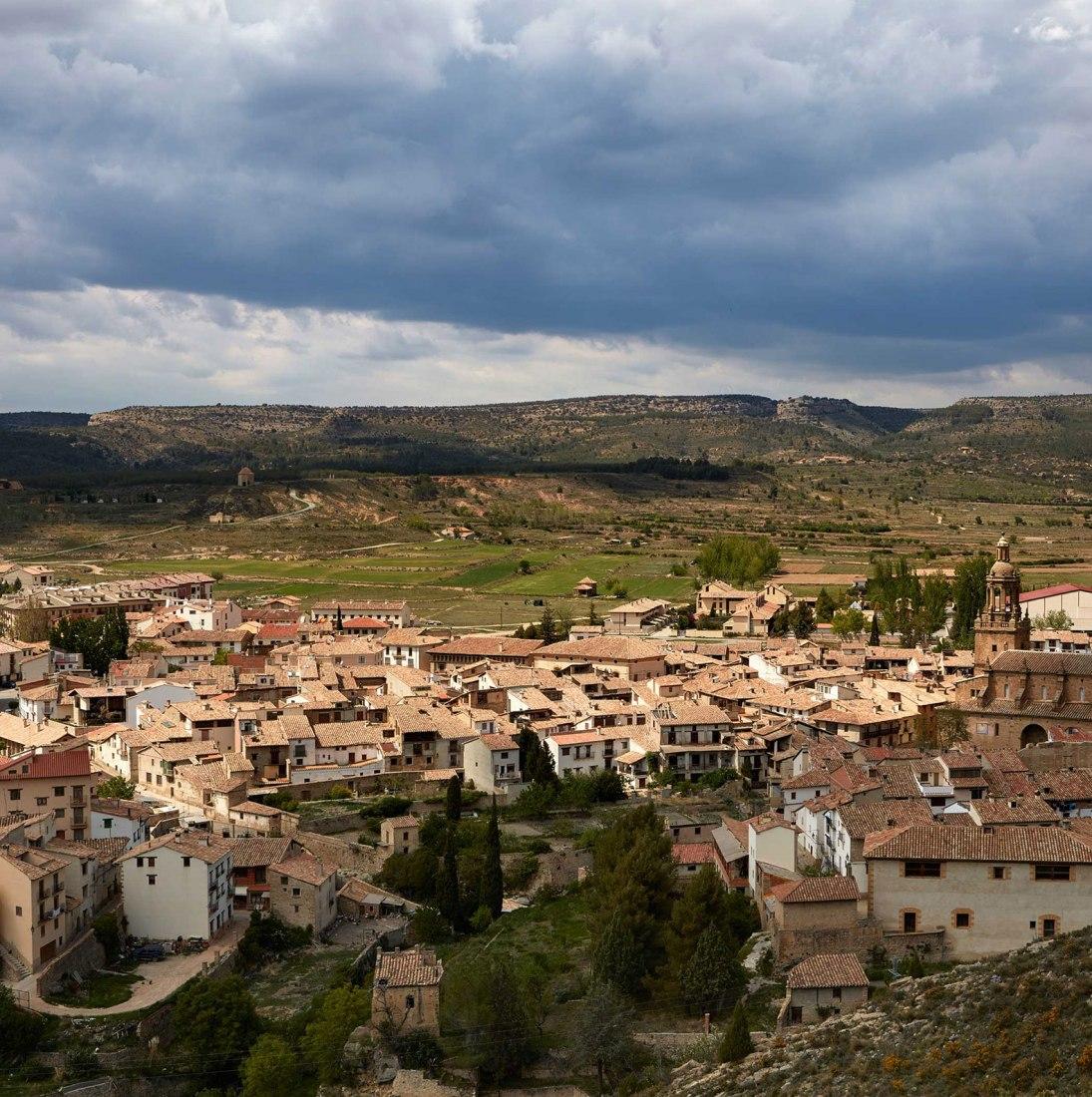Aerial view. House in Rubielos de Mora, by Ramón Esteve. Photograph by Mariela Apollonio