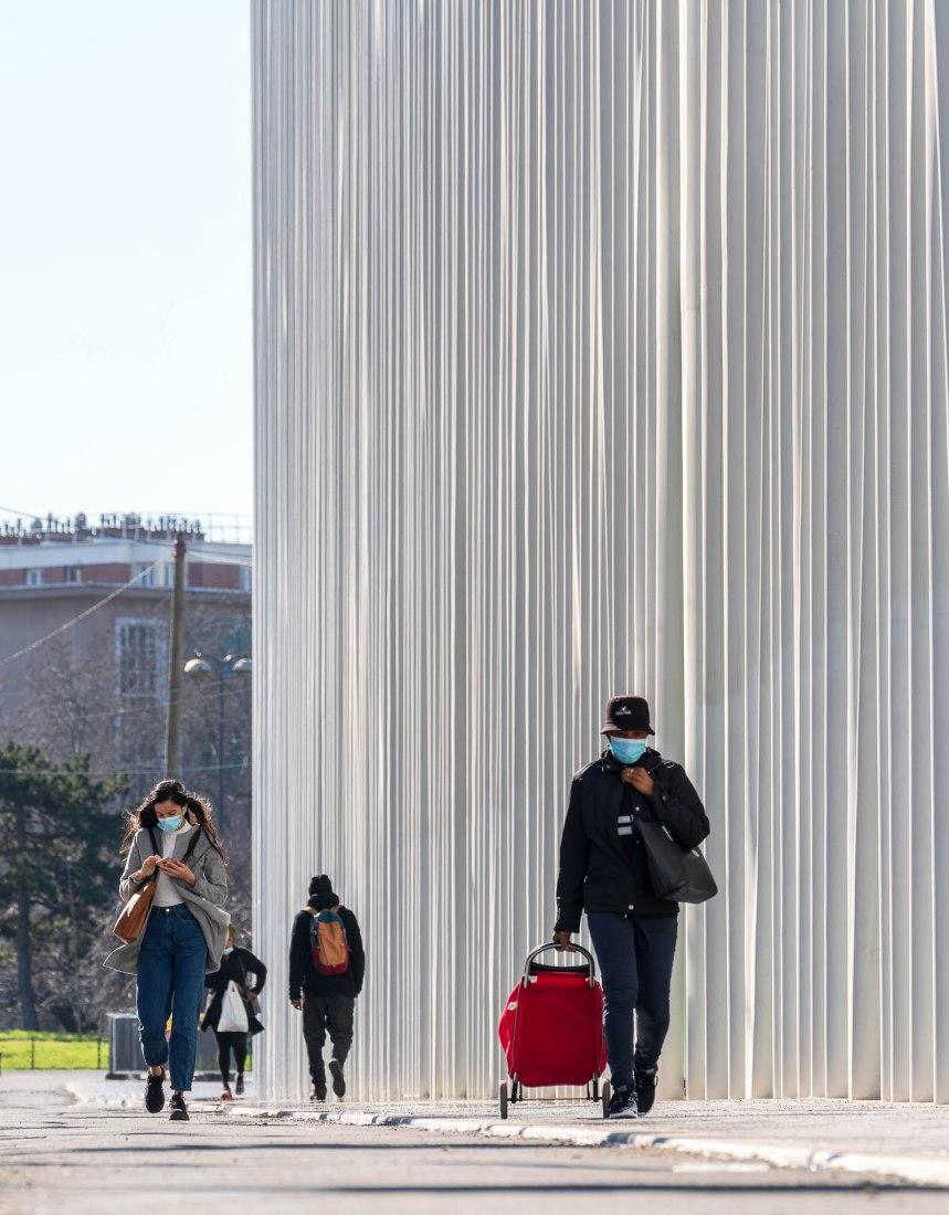 Nueva sede de 19M Métiers d'Art de Chanel por Rudy Ricciotti. Fotografía de Simón García / arqfoto