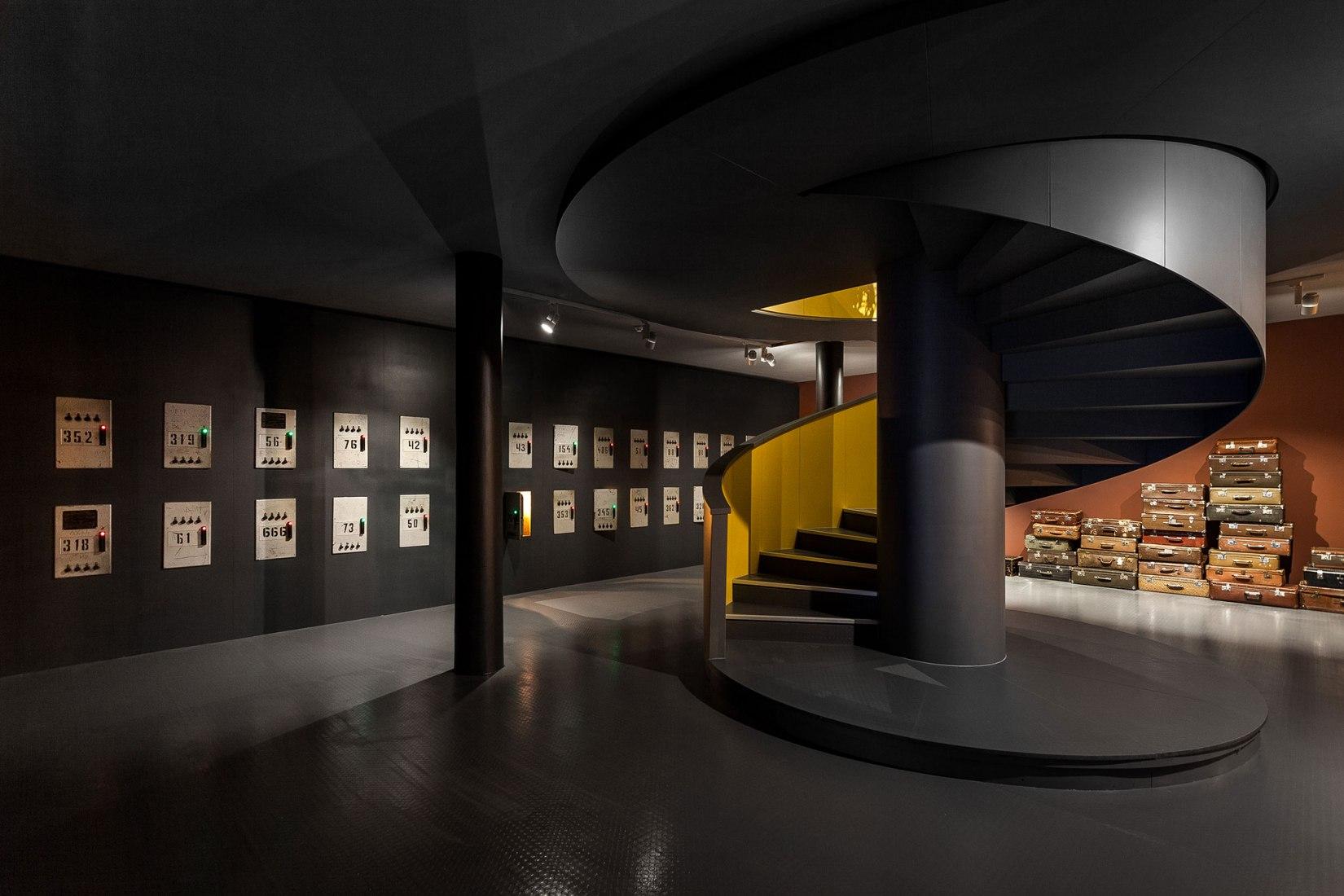 Vista interior. Estación rusa. Pabellón de Rusia para la XVI Bienal de Arquitectura de Venecia 2018. Imágen cortesía de Anna Mikheeva