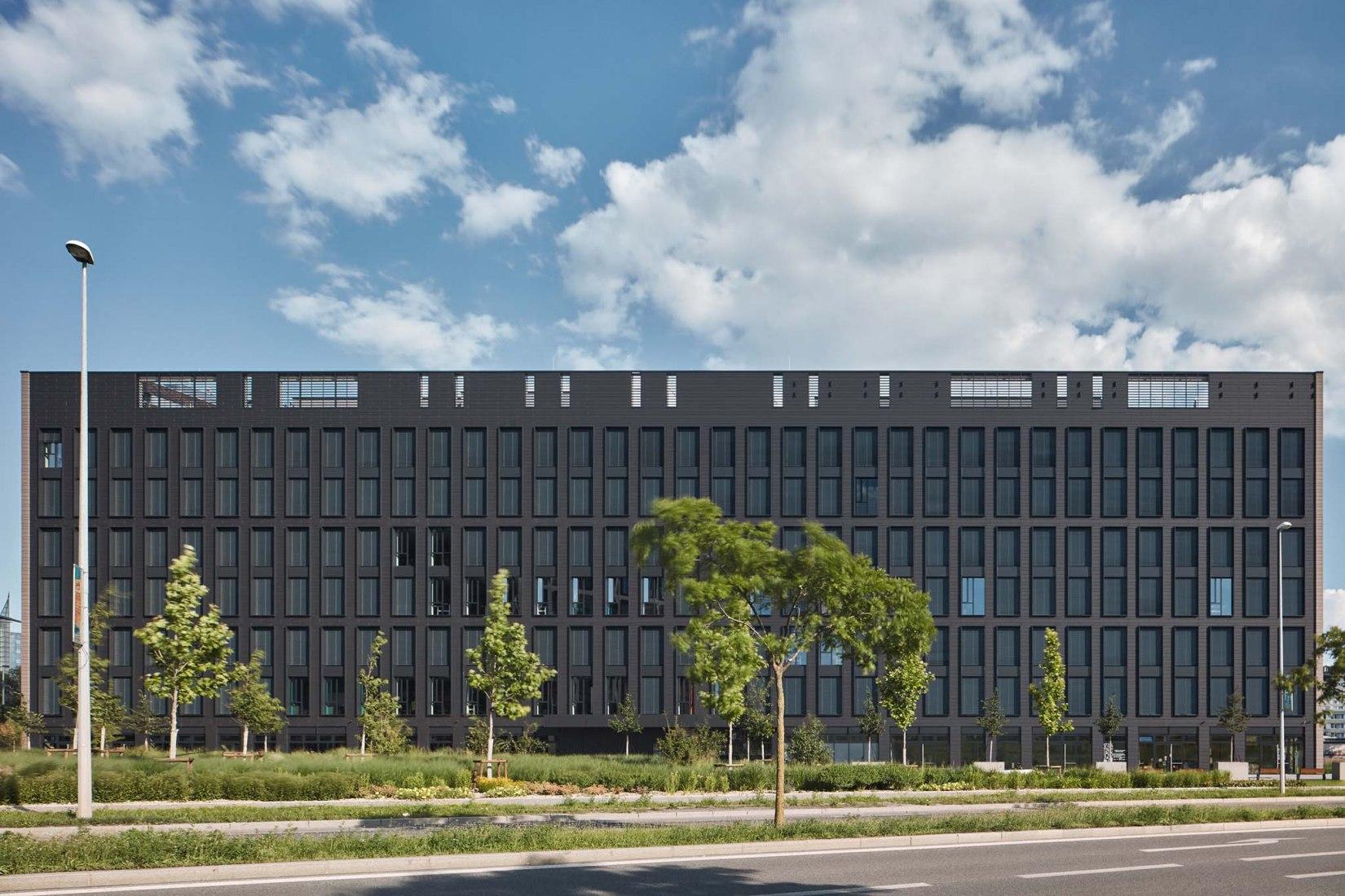 Rustonka por CMC Architects. Fotografía por BoysPlayNice