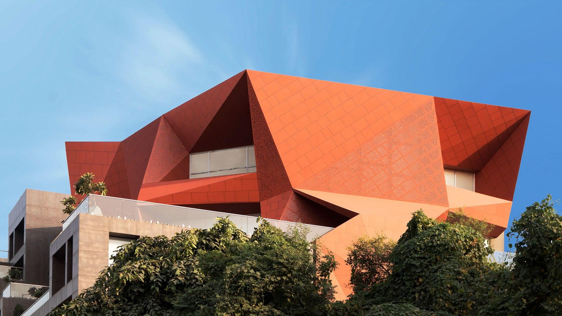 Stellar building by Sanjay Puri Architects. Photograph by Abhishek Shah