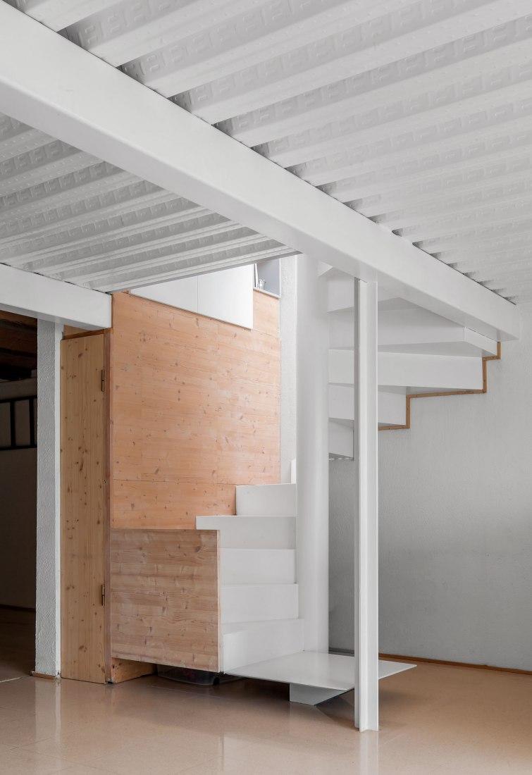 House Serra Cavallera by Sau Taller d'Arquitectura. Photograph by Andrés Flajszer