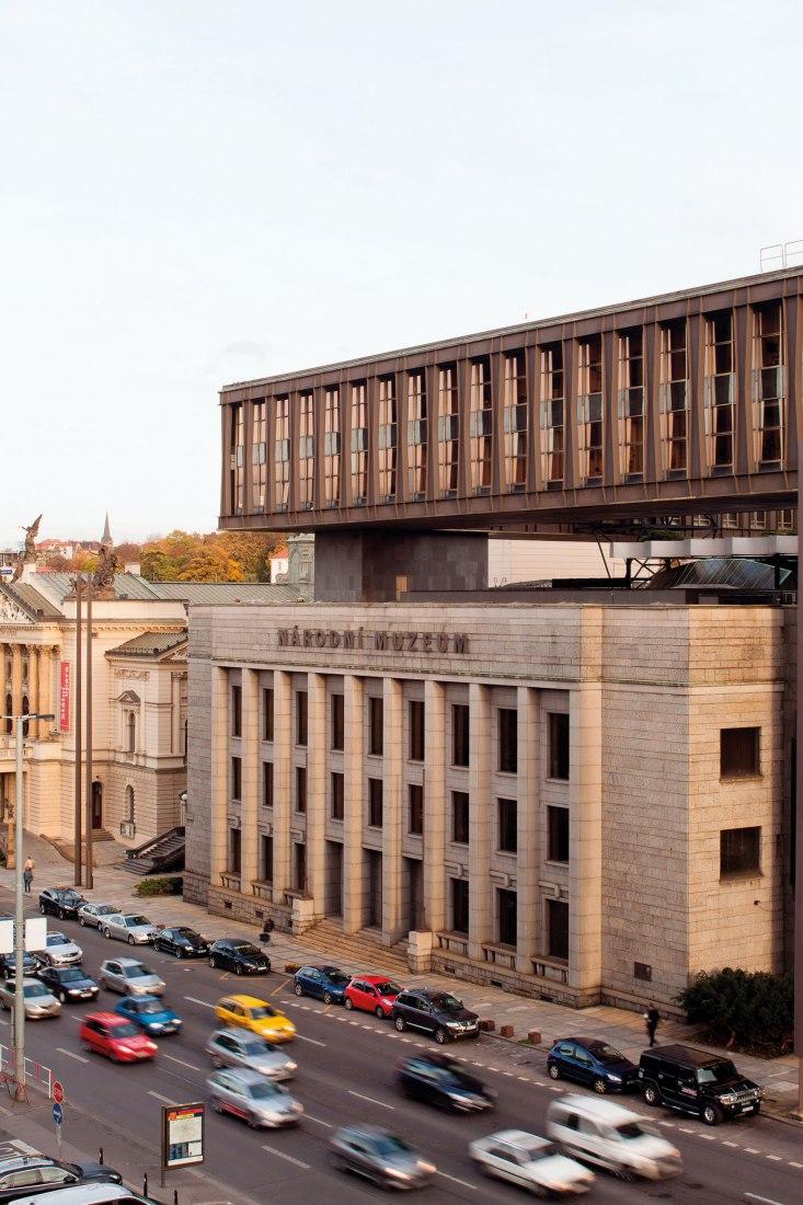 Federal Assembly Building by Karel Prager, Jiří Kadeřábek, Jiří Albrecht, 1966-1973. Photograph by Tomáš Souček.